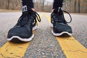 Abnehmen durch Laufen - gute Schuhe sind wichtig für die Knie